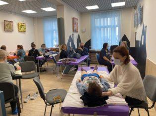 «Школа остеопатии на Неве» института провела благотворительную встречу в ГАООРДИ.